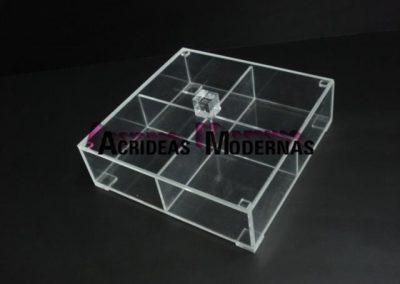 caja 4 mm 4 div