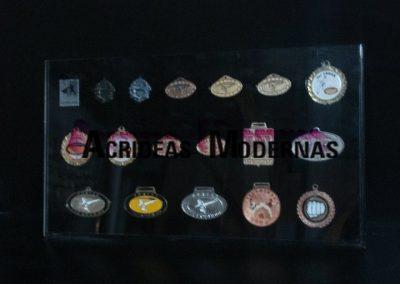 exhibidor medallas grande